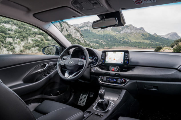 Hyundai i30 Fastback interier