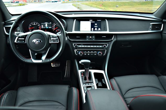 Test: Kia Optima SW 1.6 T-GDi GT Line INTERIER