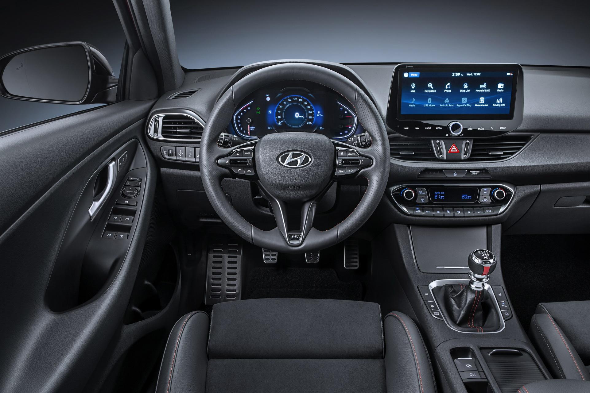 Modernizovaný Hyundai i30-interiér