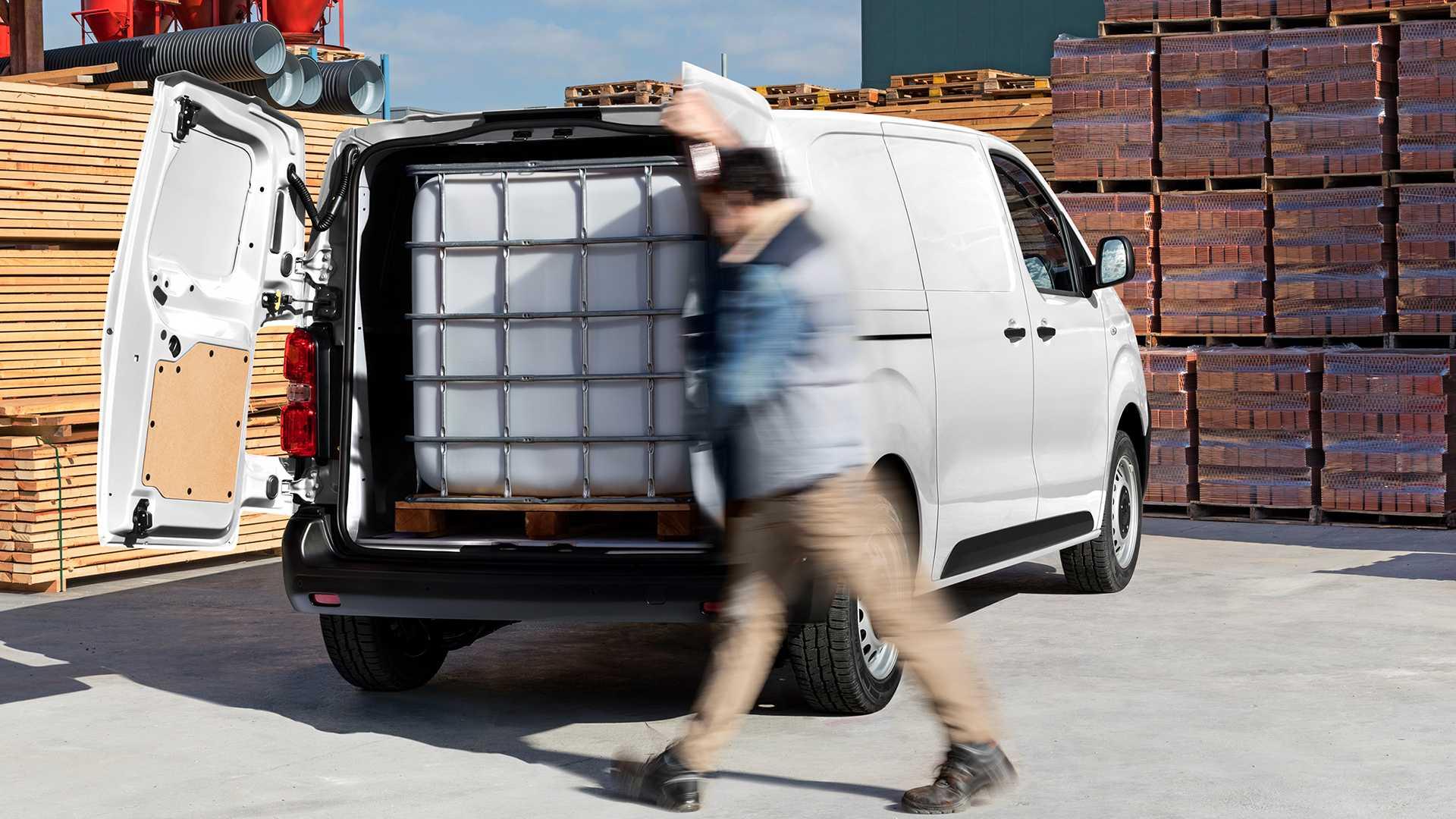 Nový Citroën ë-Jumpy -ťažňá kapacitu 1000 kg a užitočné zaťaženie 1275 kg (rovnaké ako verzie so spaľovacími motormi)