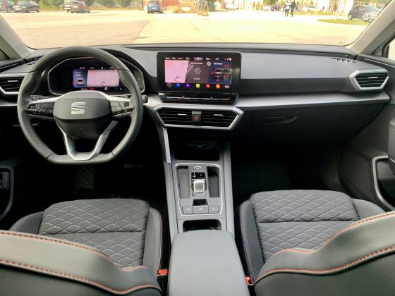 Nový SEAT Leon- pristrojový panel