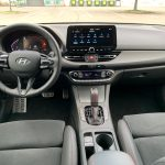 Hyundai i30 kombi N-Line -interiér