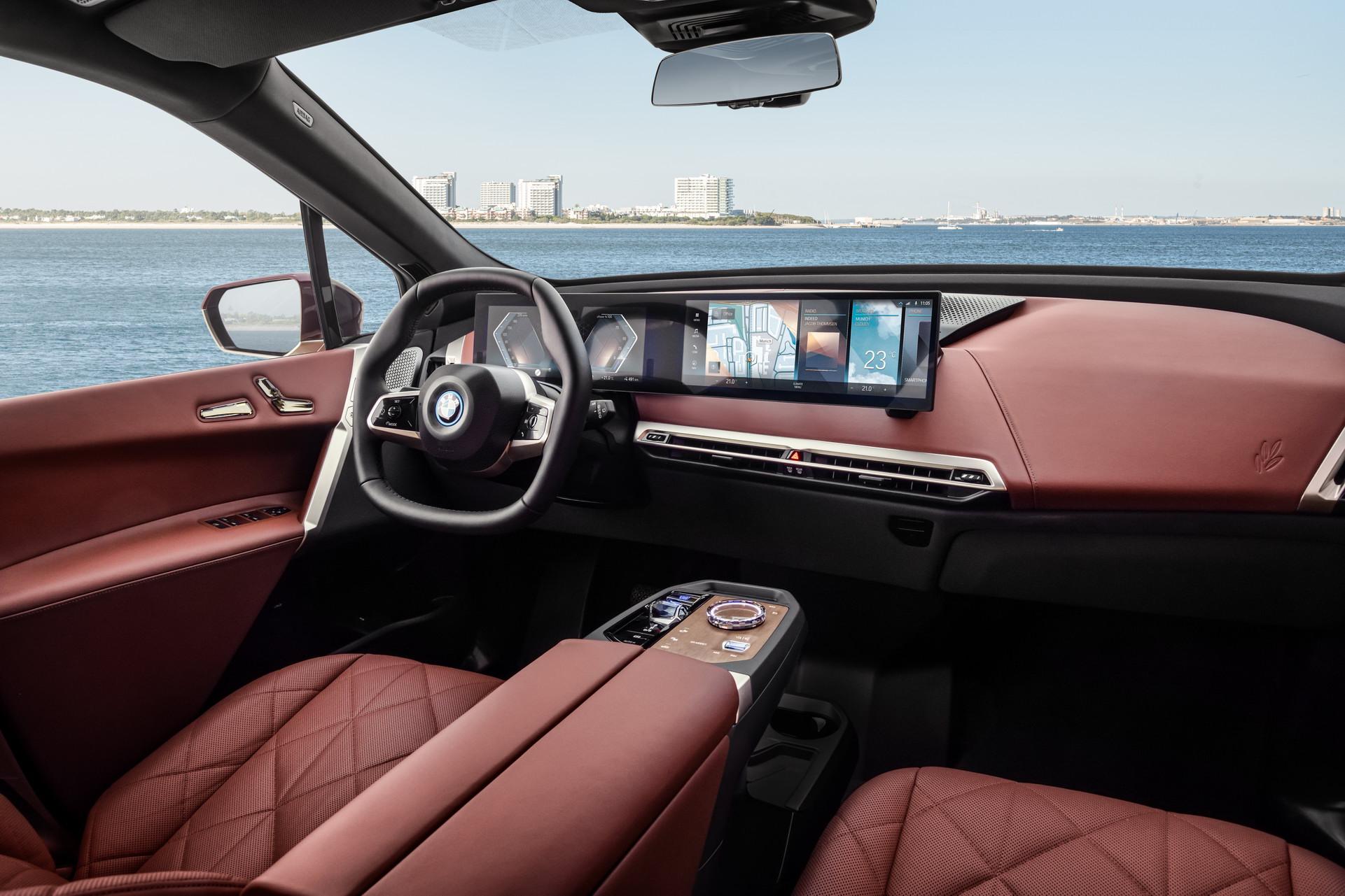 BMW iX-SUV elektromobil-prístrojový panel