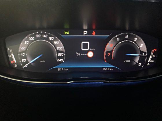 Facelit Peugeot 3008-i-cockpit (1)