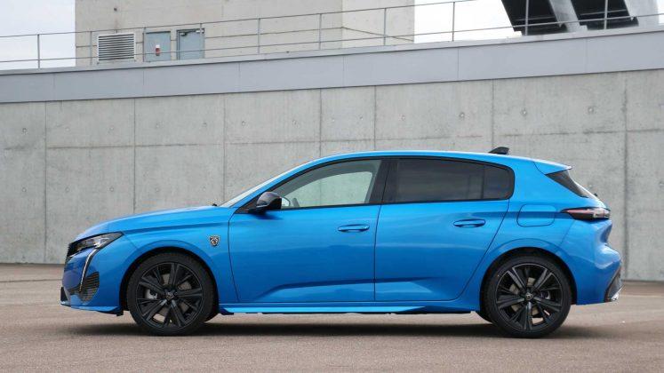Nový Peugeot-308- silueta
