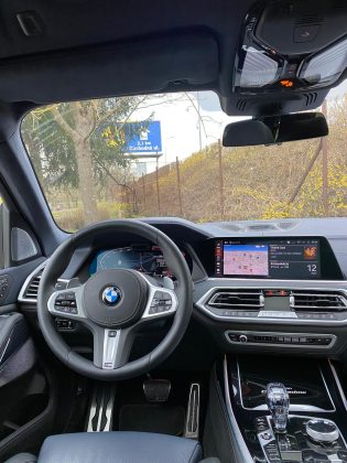 BMW X7 xDrive 40d Dark Shadow(8)